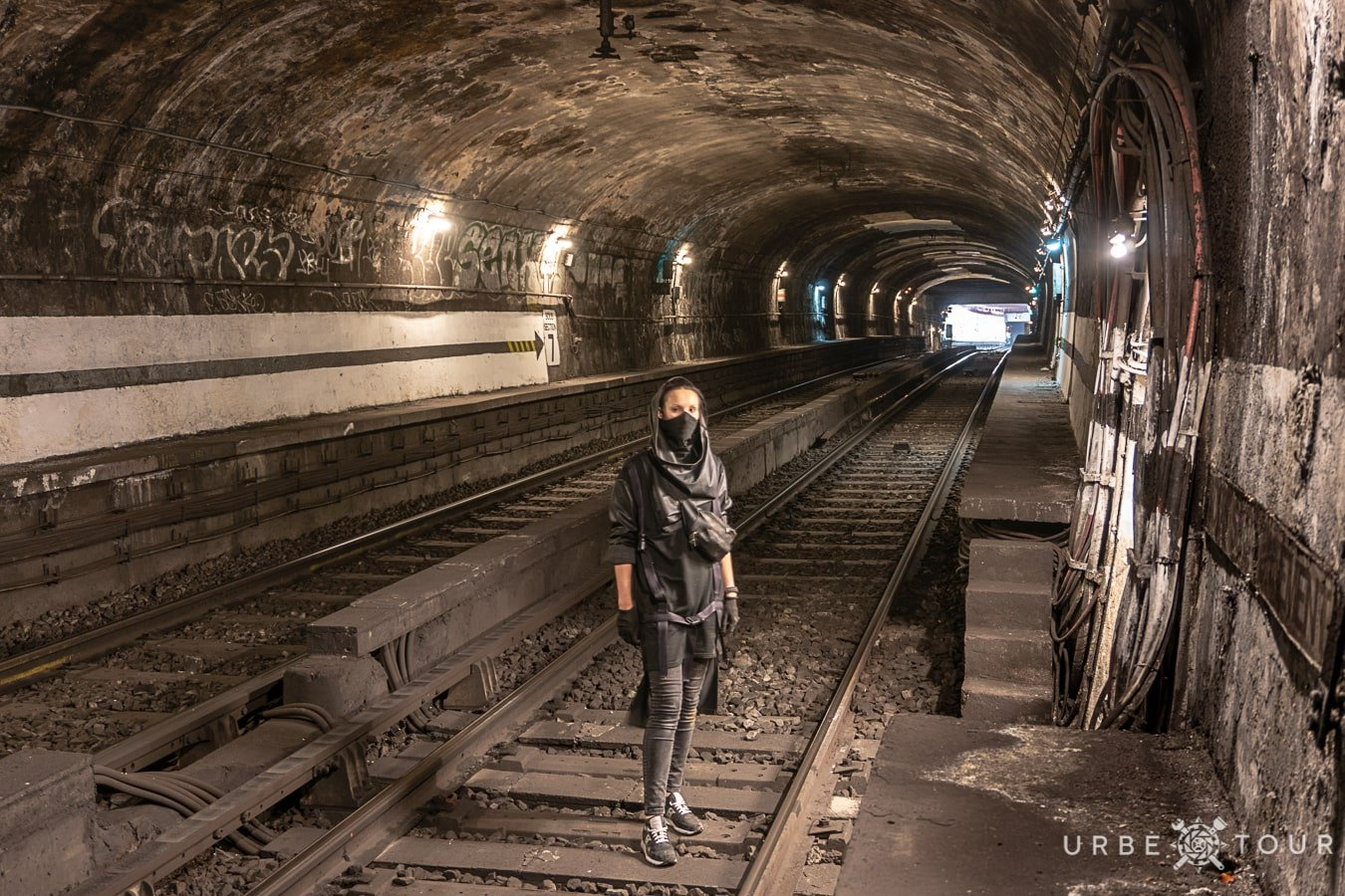 paris-metro-exploration-2018-33-min EXPLORING PARIS METRO: THREE LINES CROSSING CAMERA UNDER OPERA
