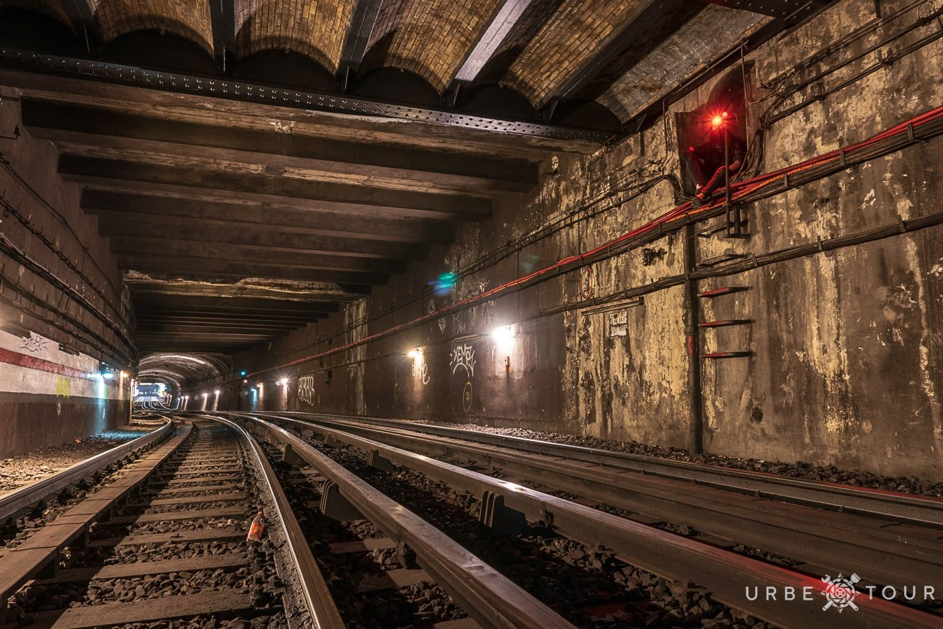 paris-metro-exploration-2018-37-min EXPLORING PARIS METRO: THREE LINES CROSSING CAMERA UNDER OPERA
