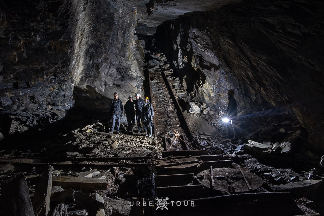 abandoned slate mines in snowdonia