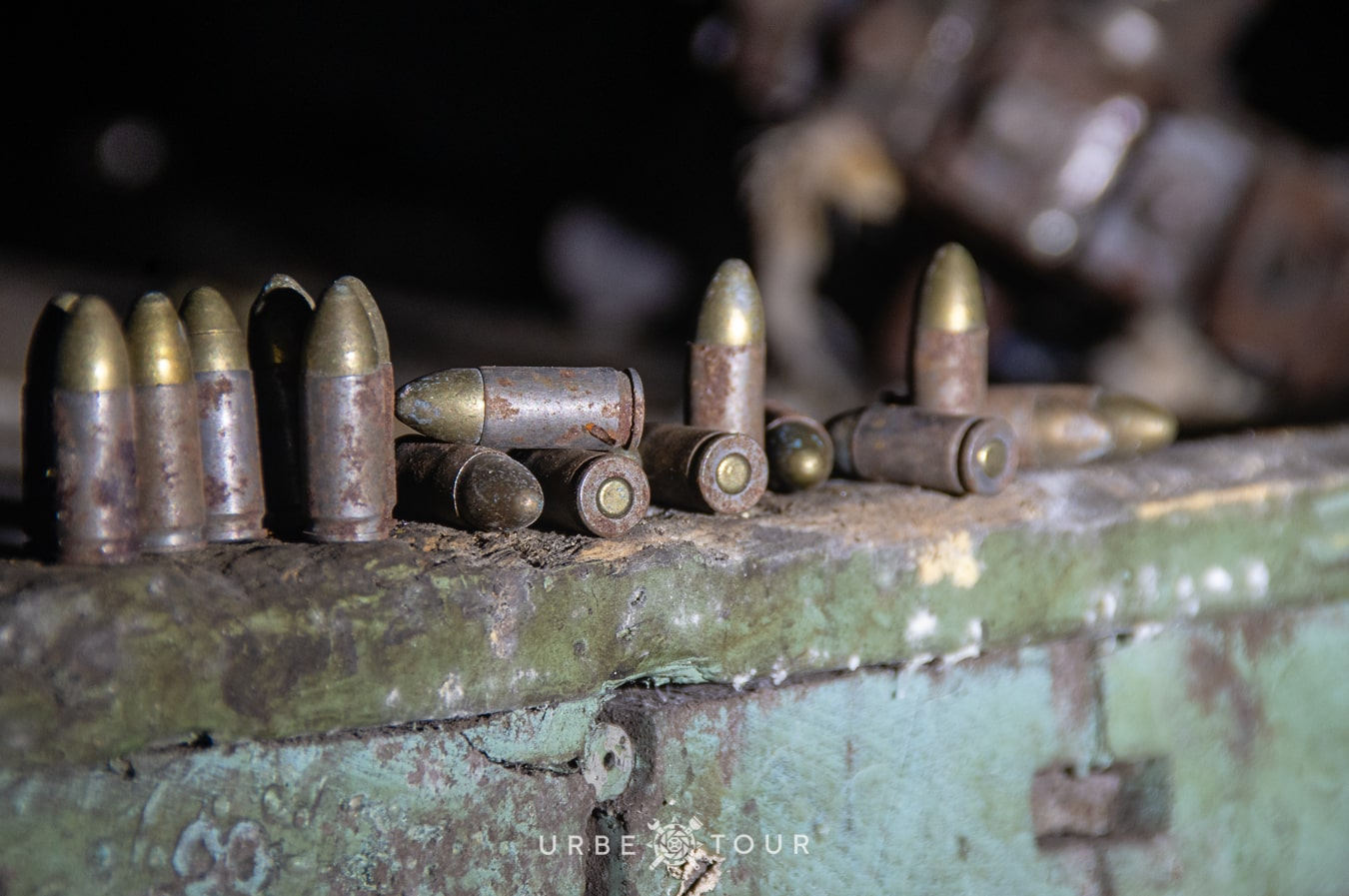 polican-communist-wearpon-underground-plant-26 Поличан: секретный военный бункер-завод коммунистов в горах Албании