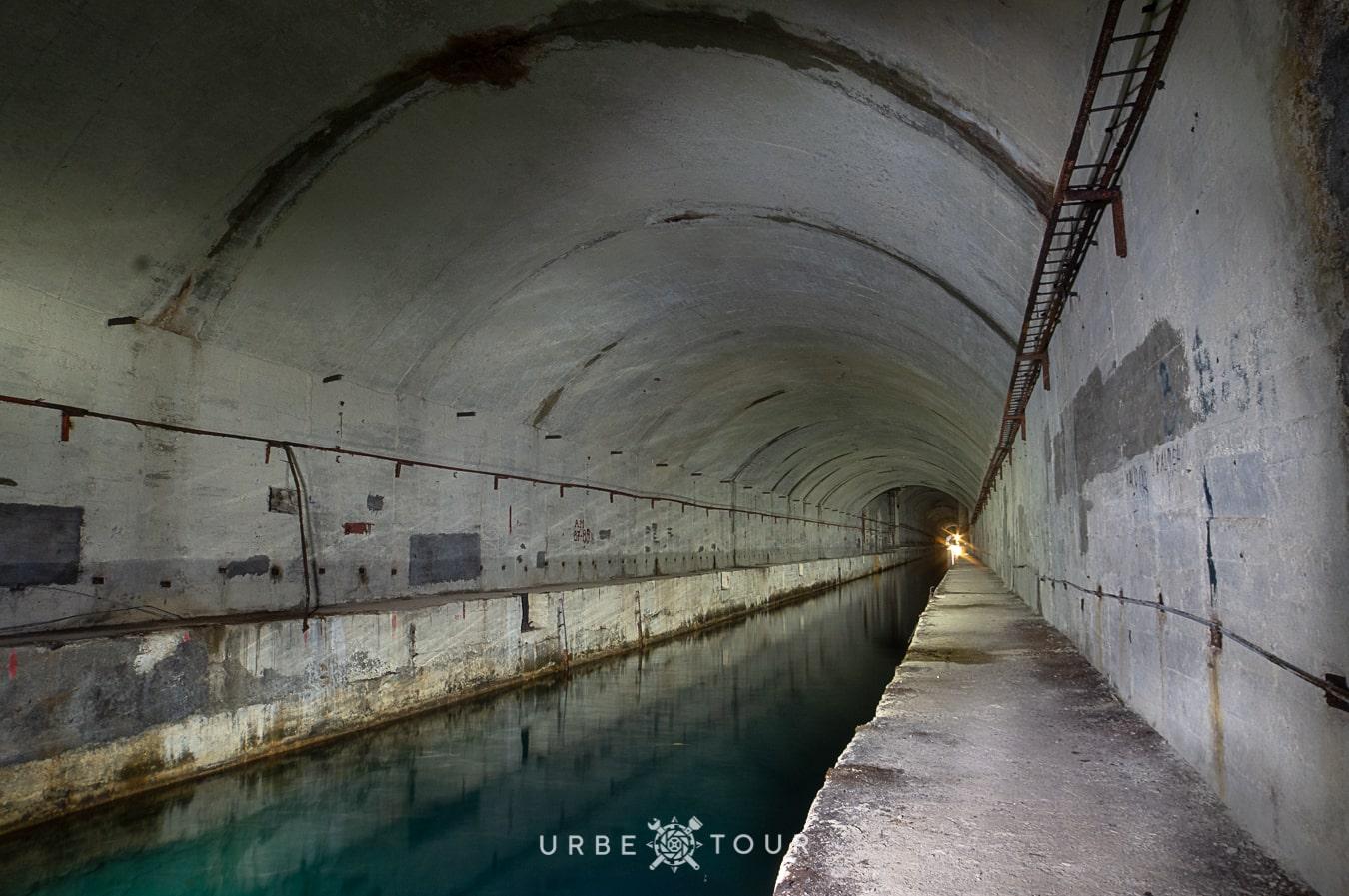 porto-palermo-submarine-base-albania-11 Подземная база для подводных лодок в Порто Палермо, Албания