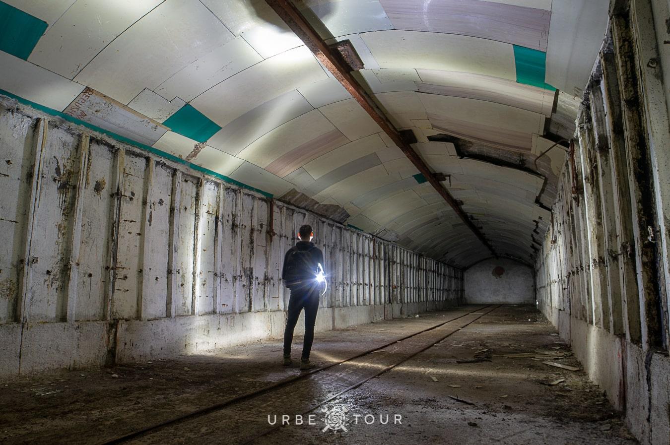 porto-palermo-submarine-base-albania-13-1 Подземная база для подводных лодок в Порто Палермо, Албания