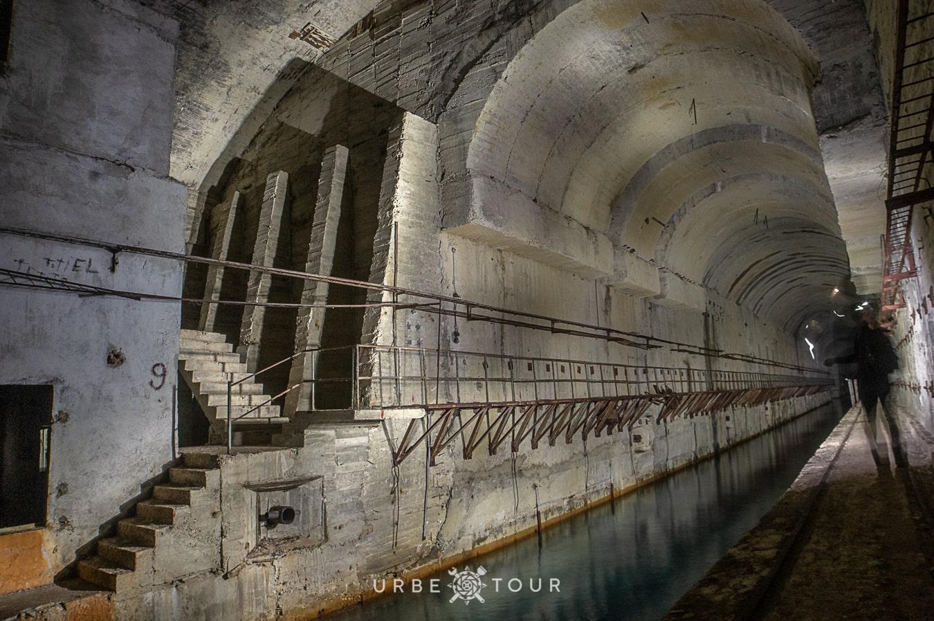 porto-palermo-submarine-base-albania-4-1 Подземная база для подводных лодок в Порто Палермо, Албания