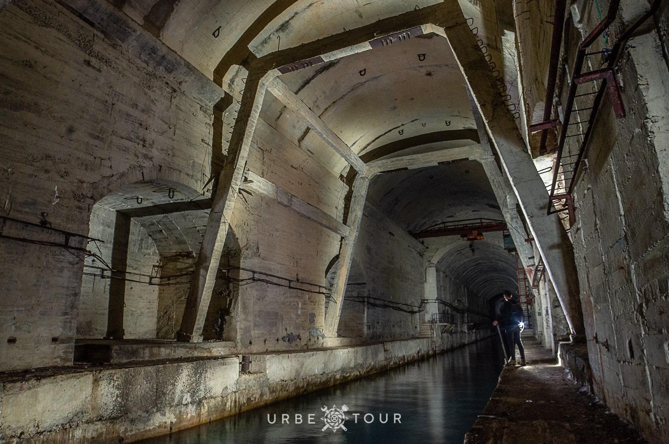 porto-palermo-submarine-base-albania-7-1 Подземная база для подводных лодок в Порто Палермо, Албания