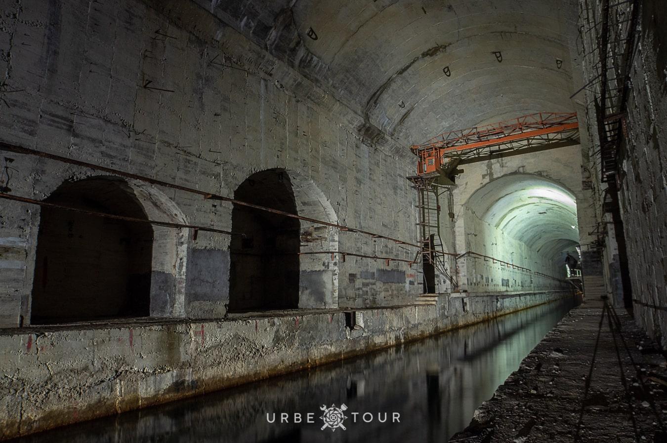 porto-palermo-submarine-base-albania-9 Подземная база для подводных лодок в Порто Палермо, Албания