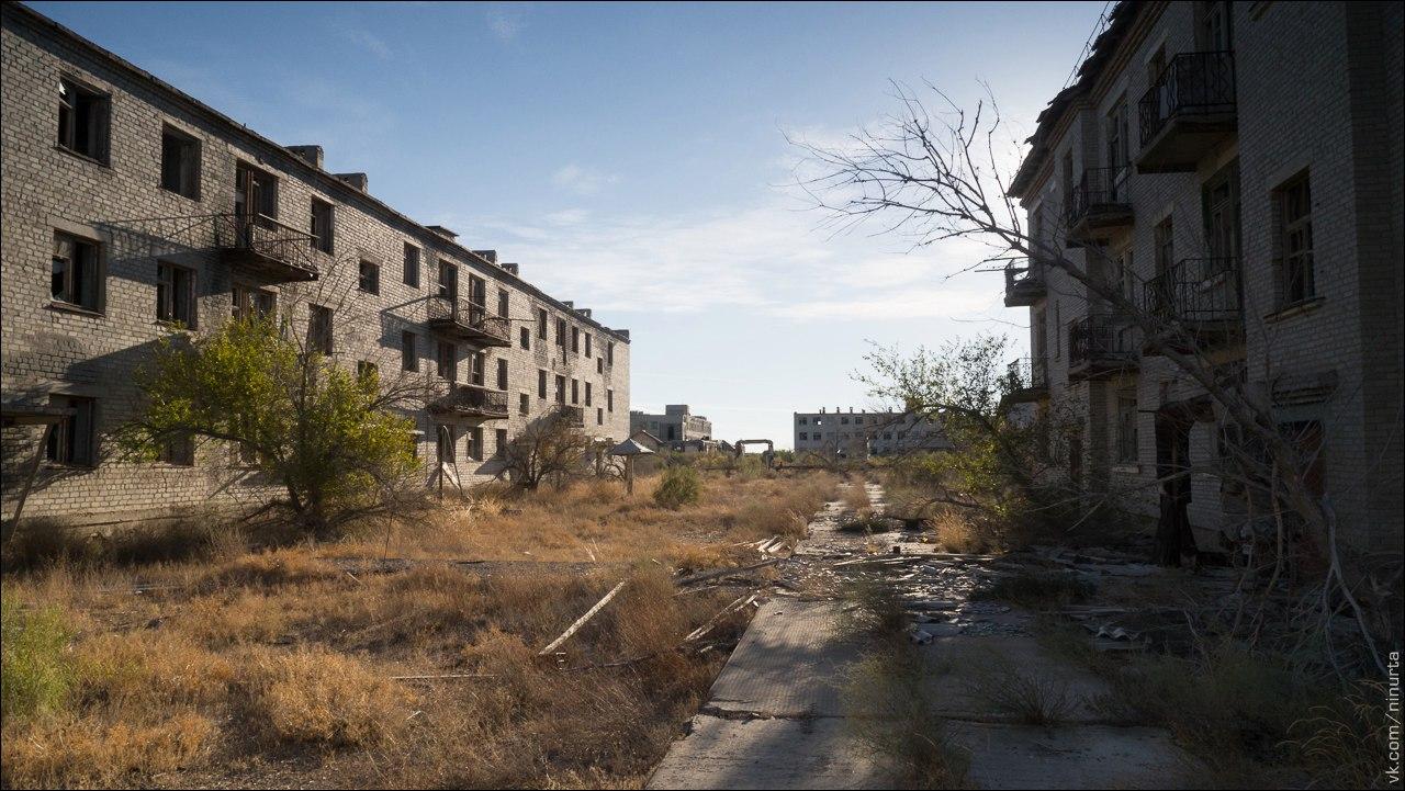 vozrozhdenya-island-kantubek-abandoned-town-8 Остров Возрождения: от царей до призраков