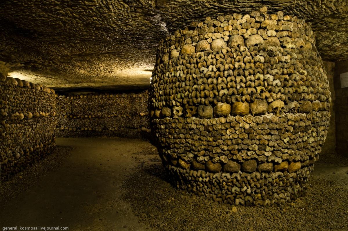 33257233 Парижские катакомбы: мертвые помнят все
