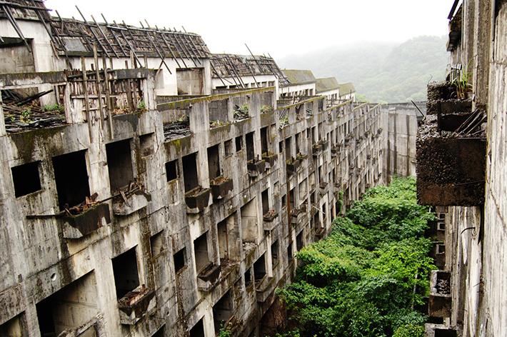 3d537d82a82c00ada97d031a07ec39b0 Post apocalyptic anthill of Hashima