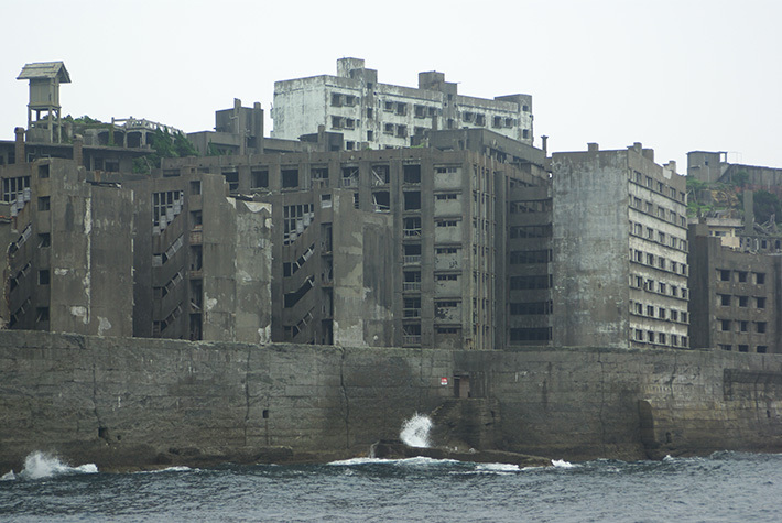 52cfab970c592155ca45d172d3b1b0c4 Post apocalyptic anthill of Hashima