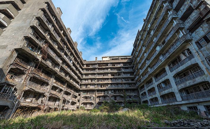 d4a3d4204e2839864554e1c85435300c Post apocalyptic anthill of Hashima