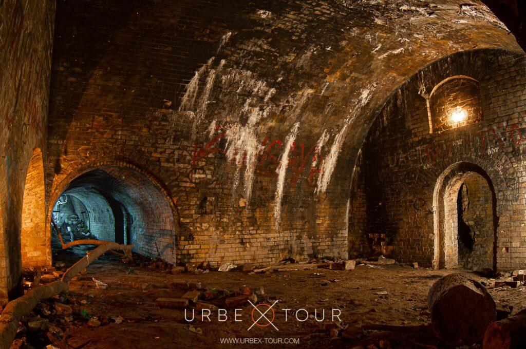 Катакомбы и пещеры Киева
