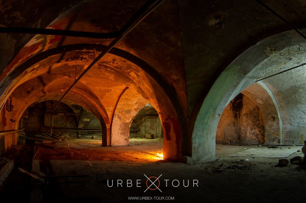Секретные подземелья