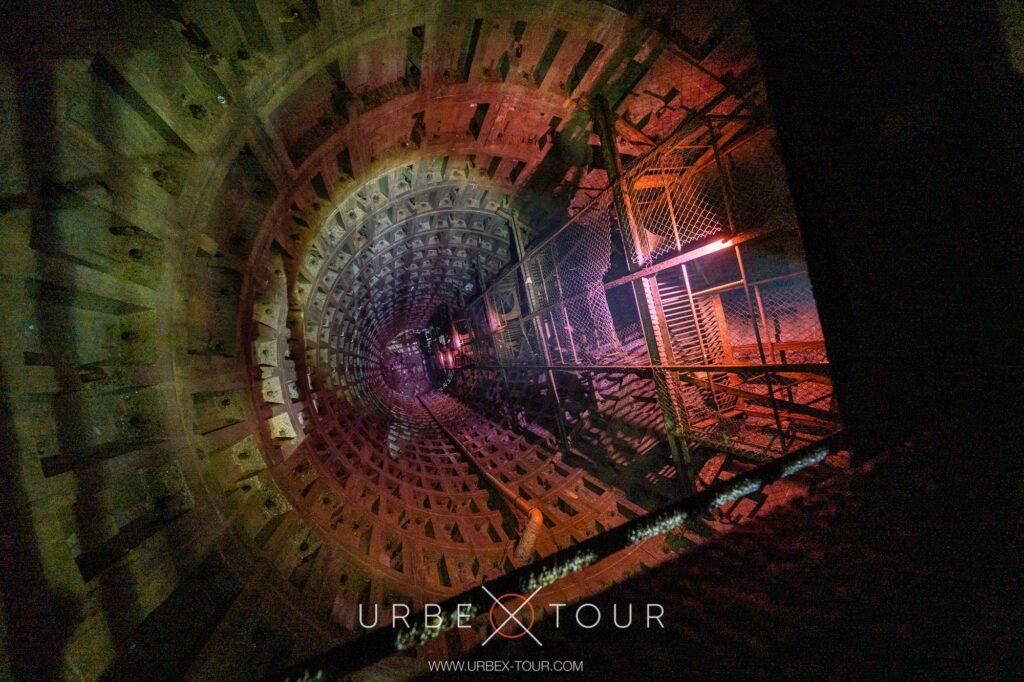 33 метровая шахта экскурсия с диггером